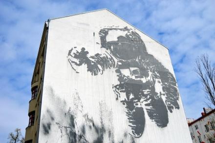 Victor Ash | Cosmonaut | Kreuzberg